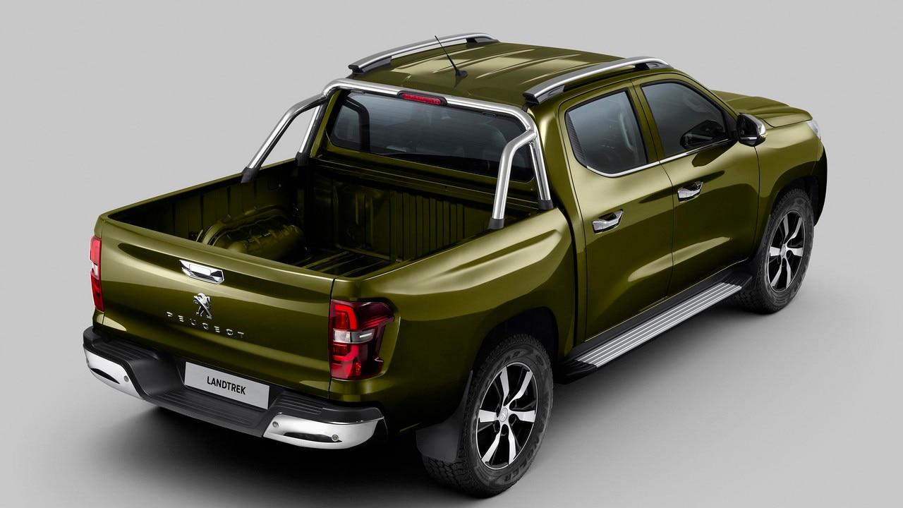 Nouveau pick-up PEUGEOT LANDTREK : marchepied plat